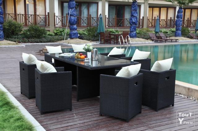 Salon de jardin table plus chaises - Mailleraye.fr jardin