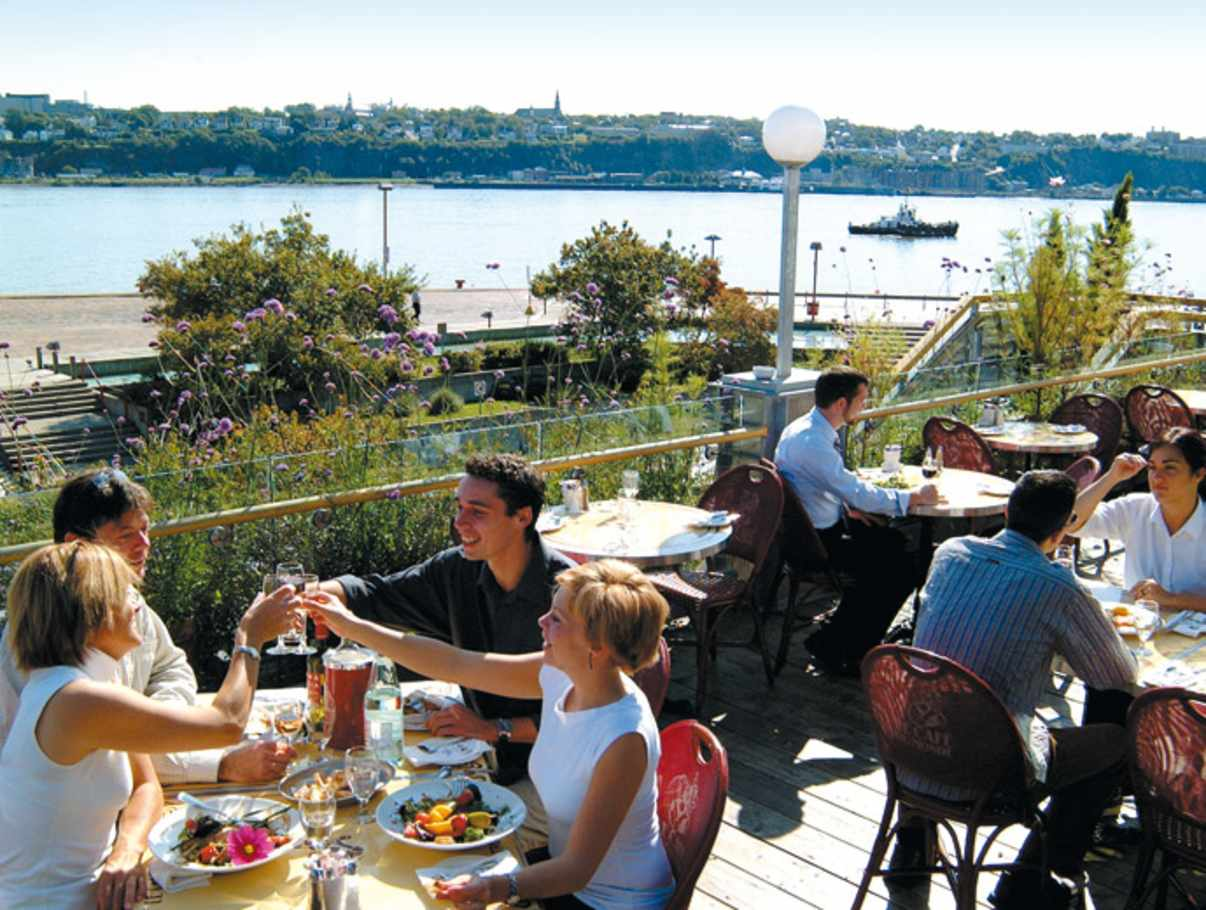 Cafe terrasse a quebec
