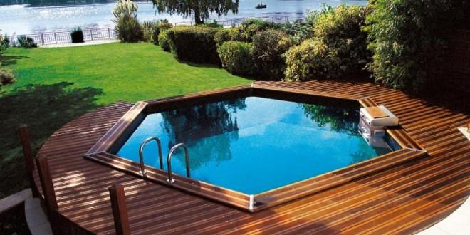 Terrasse bois sous piscine hors sol