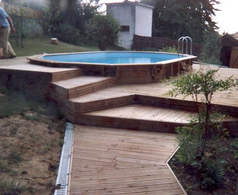 Terrasse bois terrain en pente