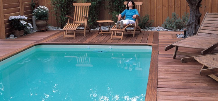 Lame terrasse bois exotique piscine