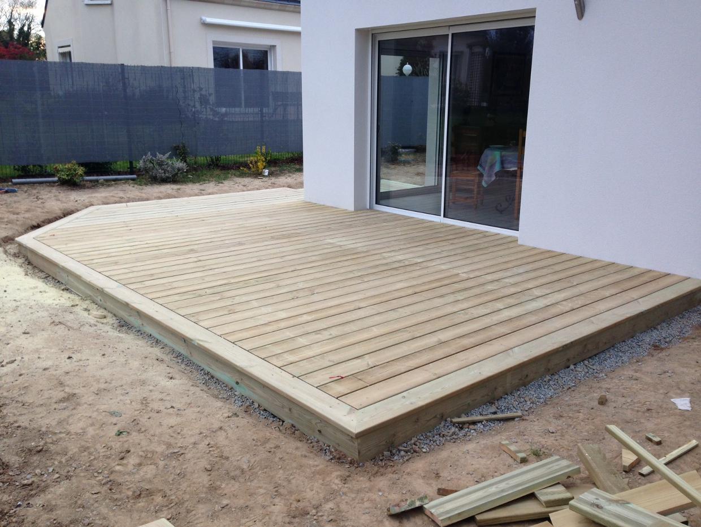 Plan terrasse bois sur plot beton