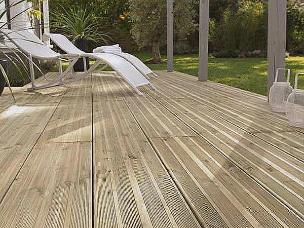 Quel bois pour terrasse sur pilotis