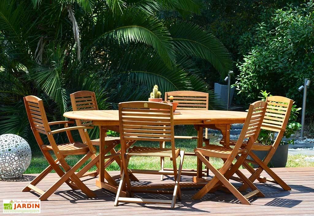 Salon de jardin en bois robinier