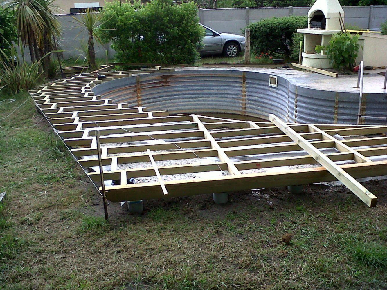 Faire une terrasse autour de la piscine