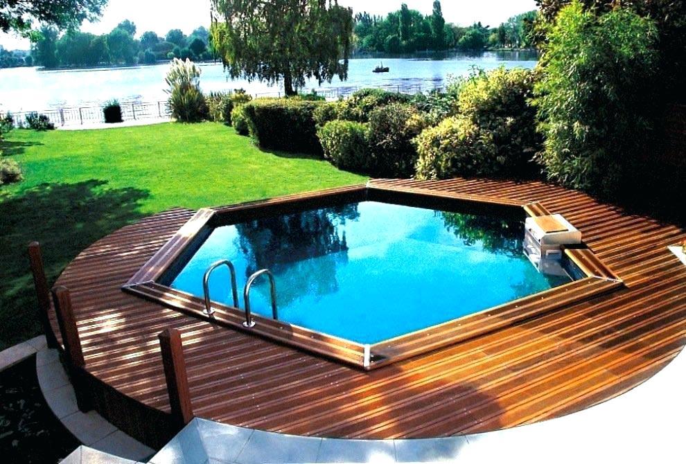 Terrasse autour piscine ronde