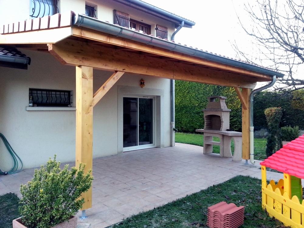 terrasse couverte tuile jardin. Black Bedroom Furniture Sets. Home Design Ideas