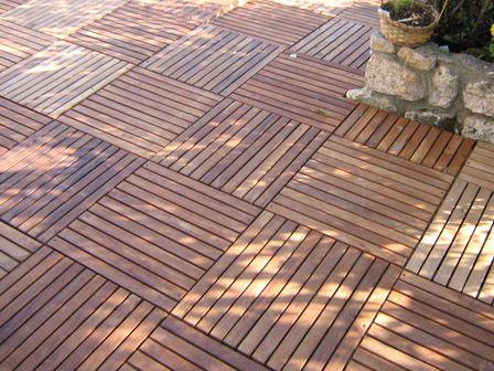 Terrasse en caillebotis bois