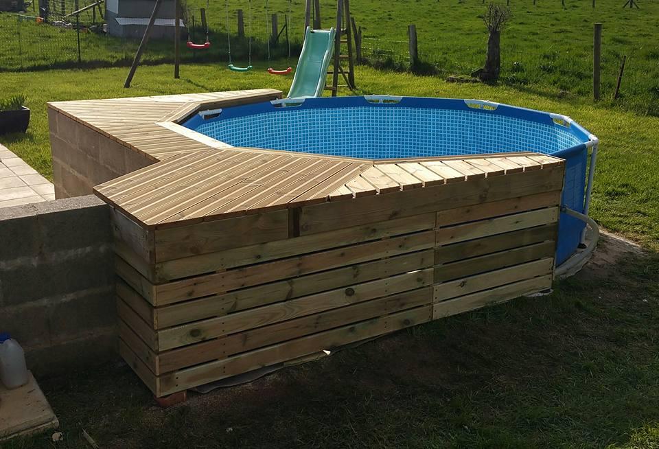 Terrasse bois piscine ronde