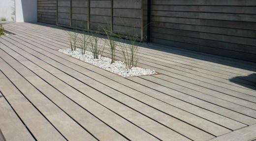Terrasse bois exotique gris