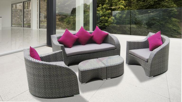 Salon de jardin lychee 1 table basse 2 fauteuils ...
